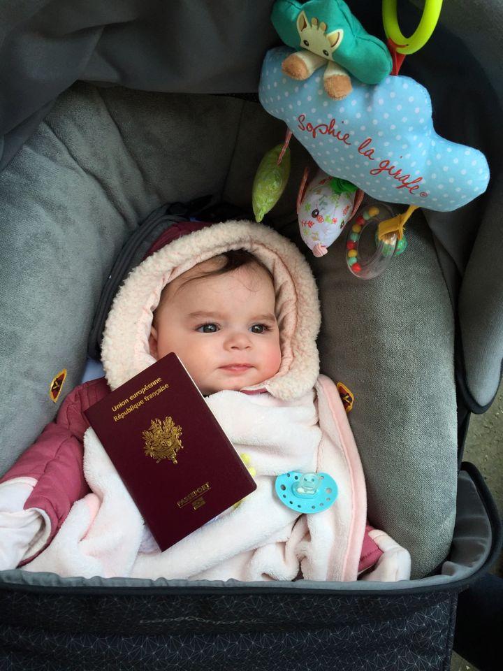 voyager avec bebe quelles pieces d'identite