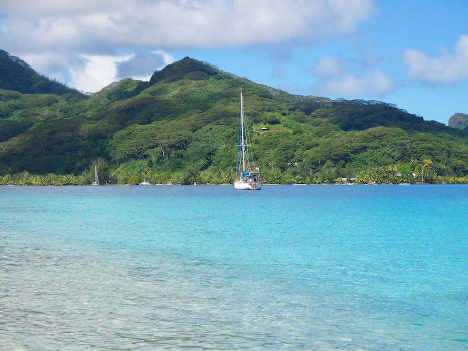 plages Huahine